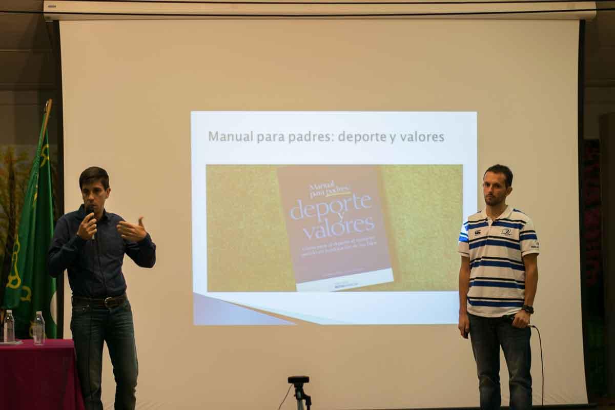 Manual para padres: Deporte y Valores, editado por la Fundación Mutua Madrileña.