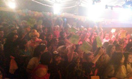 Alrededor de 200 jóvenes participaron en un evento clásico en la programación festiva del municipio