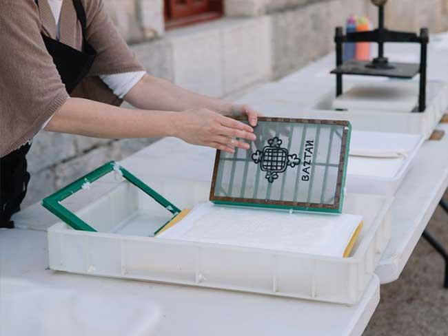 Taller de papel: Arquitecturas plegadas en Nuevo Baztán