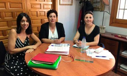Reunión con la directora de la Casita de Niños para hablar del próximo curso
